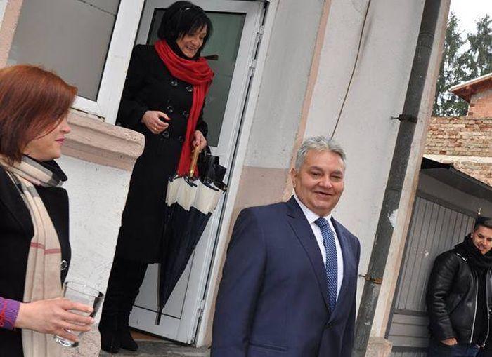 Д-р Емил Тончев сяда на мястото на подалия оставка Гамишев