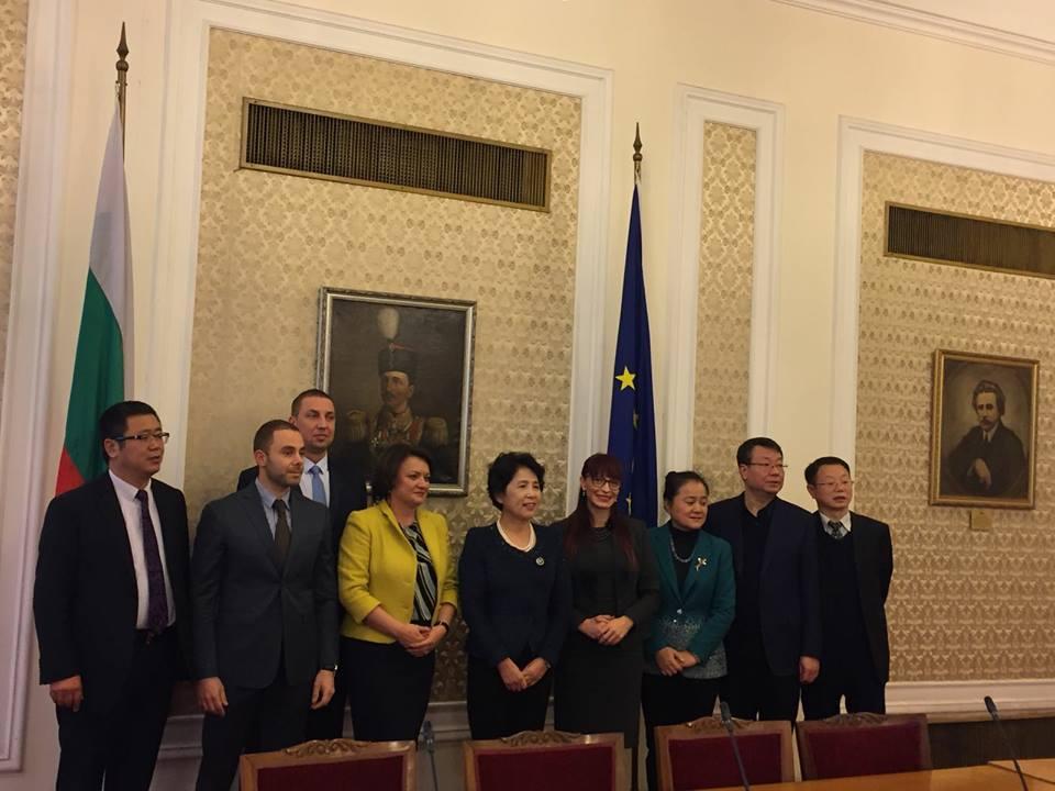 Депутатът Даниела Савеклиева /ГЕРБ/ се срещна с представители на Китайския народен консултативен съвет