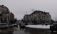 Две жени са спасени при пожара в Благоевград,изгорял е покрива на кооперацията