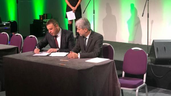 Министър Димов и кметът Камбитов подписаха договор за безвъзмездна финансова помощ за изграждане на анаеробна инсталация