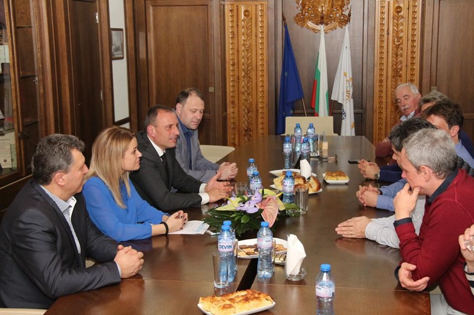 Експерти от швейцарския курорт Вербие се срещнаха с кмета на Банско