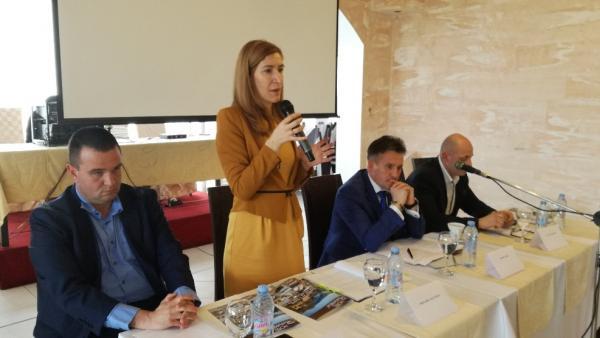 Министър Ангелкова: Приоритет са културно- историческият, винено-кулинарният и СПА туризъм