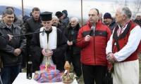 Напрежение в Петрич заради смяна на поп