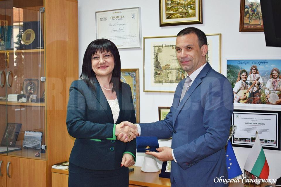 Председателят на Народното събрание връчи плакет на кмета на Сандански Кирил Котев