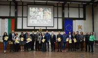 Кметът д-р Атанас Камбитов и ирландският посланик Н.Пр. Майкъл Форбс наградиха отличени журналисти в конкурса  Сърце и слово срещу наркотиците