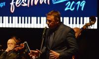 """Кметът Камбитов в първата вечер на V юбилейно издание   Blagoevgrad BluesJazz"""" 2019:  Радвам се, че припознахте фестивала като своето музикално събитие"""