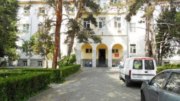 Кметът Кирил Котев : До 46 се повишават заплатите на медицинските специалисти в болница Югозападна