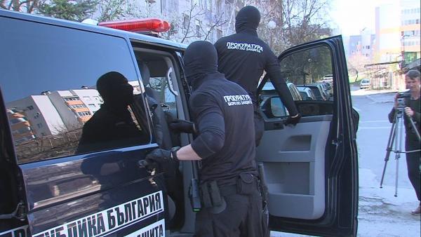 Жандармерия с 15 джипа се изсипа в Сандански