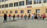 С танци и музика в междучасията борят стрес и агресия в симитлийско  училище