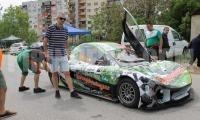 Министър Нанков обича високите скорости, но шофира разумно и има златен талон