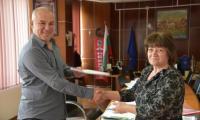 Добрата вест! Кметът на община Симитли - Апостол Апостолов осигури 100 хиляди лева за безработни