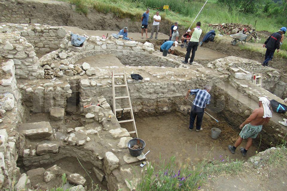 Хераклея Синтика продължава да разкрива тайните си, Ванга предрече съществуването на античния град