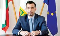 Кметът на Сандански Кирил Котев: Честит празник учители, честит празник културни дейци!