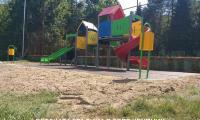 Готови са договорените от депутата Апостолов детски площадки в ДГ  Радост  – филиал Мечо Пух и филиал Крупник