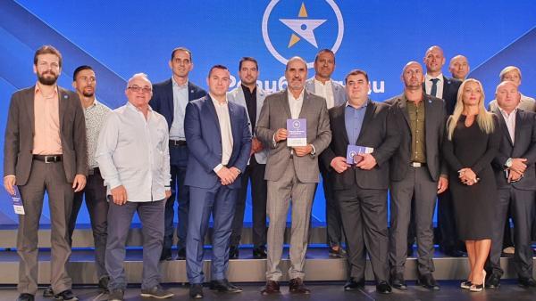 Цветан Цветанов представи лицата на новата си партия Републиканци за България