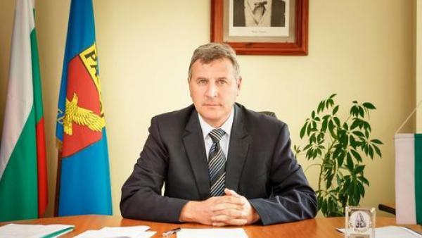 Община Разлог забранява пазарите на открито