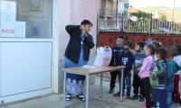 Медиатор учи децата от Микрево как да си мият ръцете