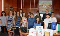 Деца превзеха кметството в Симитли