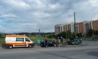 Слагат светофар на кръстовището при кв.Струмско, където катастрофа отне живота на едно семейство