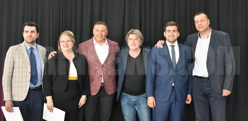 Евродепутат и заместник-министри оцениха високо фестивала  Francofolies.Благоевград