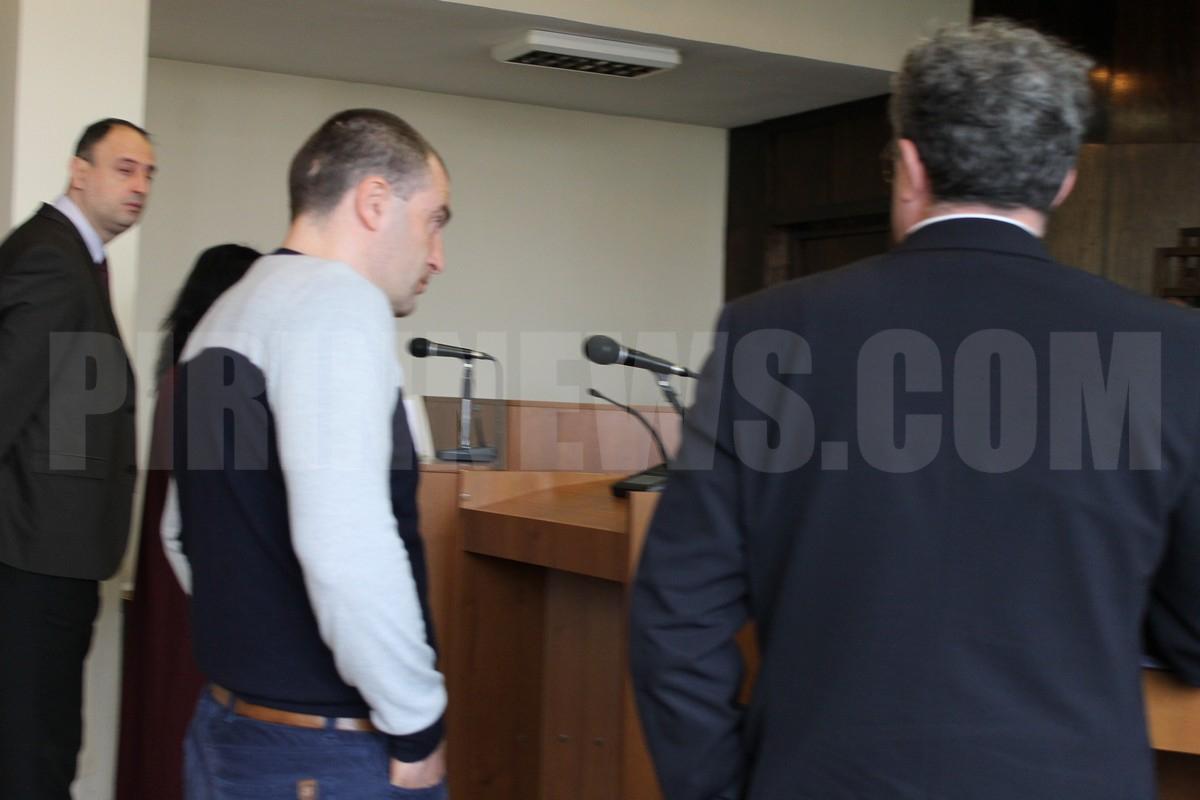 Прокуратурата протестира леката присъда на Ембака от 12 години затвор за убийството на АМ Струма