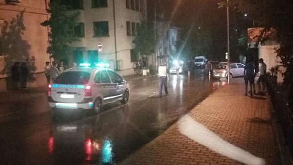 Шофьор с книжка от 2 месеца помете трима ученици на тротоар  в Петрич