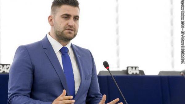 Най-младият евродепутат Андрей Новаков: Не вярвам още дълго да бъдем най-бедната страна в ЕС
