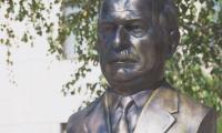 Паметник на Пенчо Кубадински раздели обществото на две