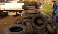 Огромни количества гуми иззеха в Петрич