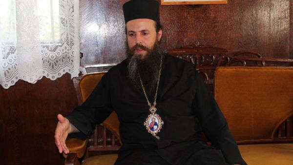 Неврокопският митрополит Серафим за първи път говори след нападението на Роженския манастир